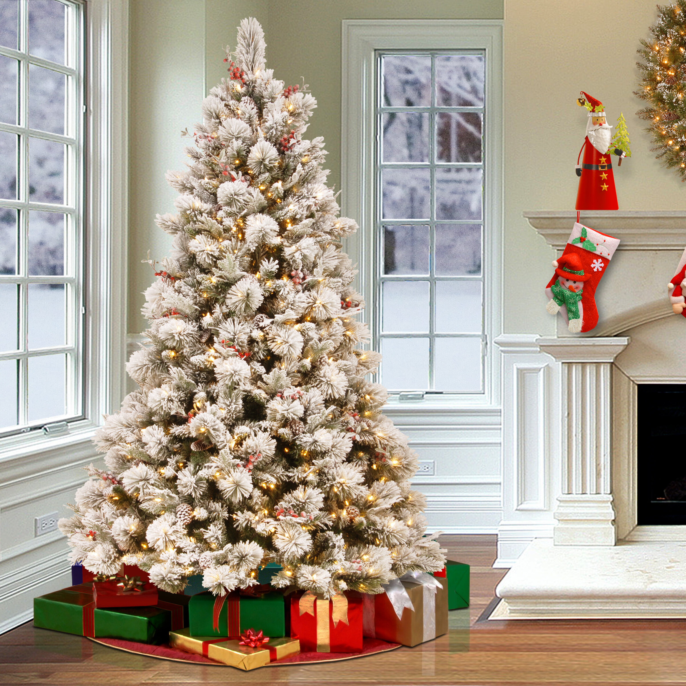 Snowy 7 5 Frosted Green Pine Artificial Christmas Tree With 700 Clear White Lights Reviews Birch Lane