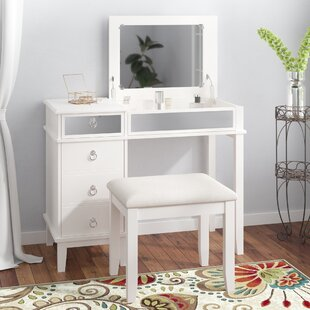 Marvelous Kemmerer Vanity Set With Mirror Andrewgaddart Wooden Chair Designs For Living Room Andrewgaddartcom