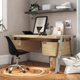 Solid Desk By Jahnke