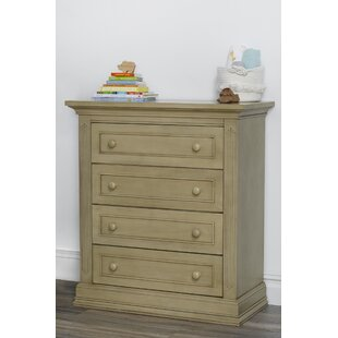 Dakota 4 Drawer Chest