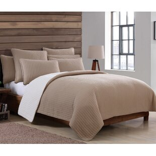 Union Rustic Aviana Sherpa Quilt Set