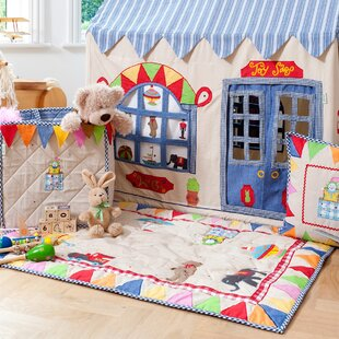 Win Green Toy Shop Floor Quilt
