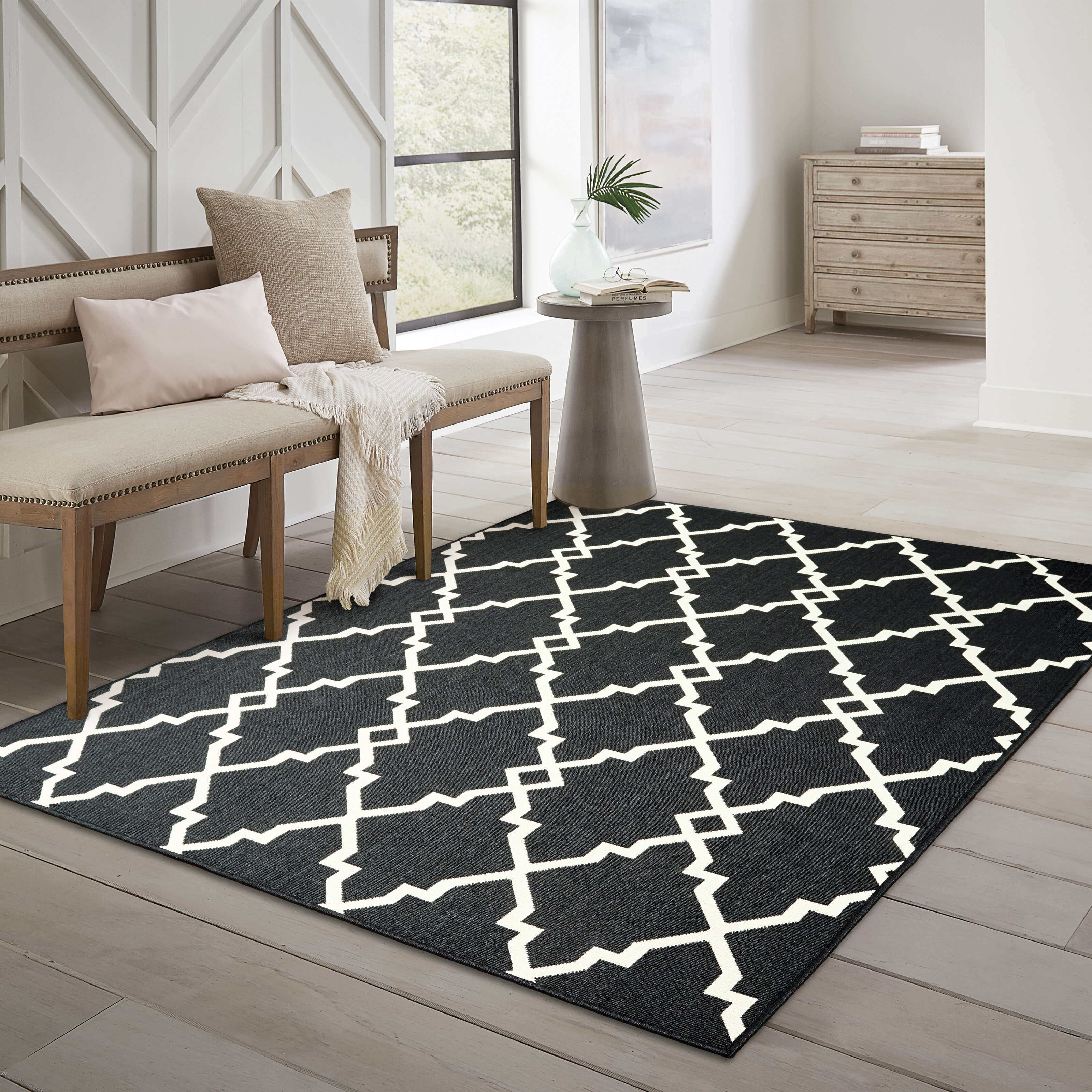 Charlton Home Salerno Geometric Black Indoor Outdoor Area Rug Reviews Wayfair