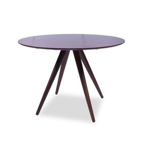 Charmant Kaitlyn Round Dining Table