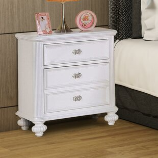 Rizzo Wooden 3 Drawer Nightstand by Canora Grey