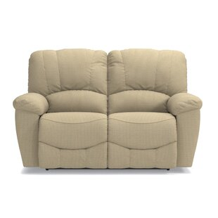 Hayes Full Reclining Loveseat by La-Z-Boy