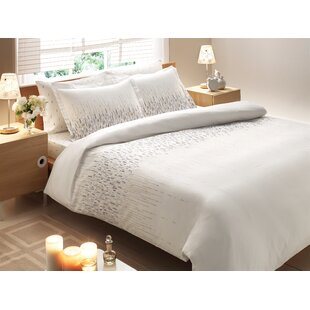 Rayon from Bamboo Cascade Midweight Down Alternative Comforter