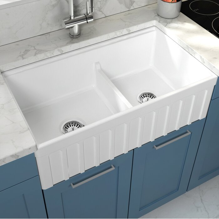 Yorkshire Fireclay 33 L X 18 W Double Basin Farmhouse Kitchen Sink With Strainer In White
