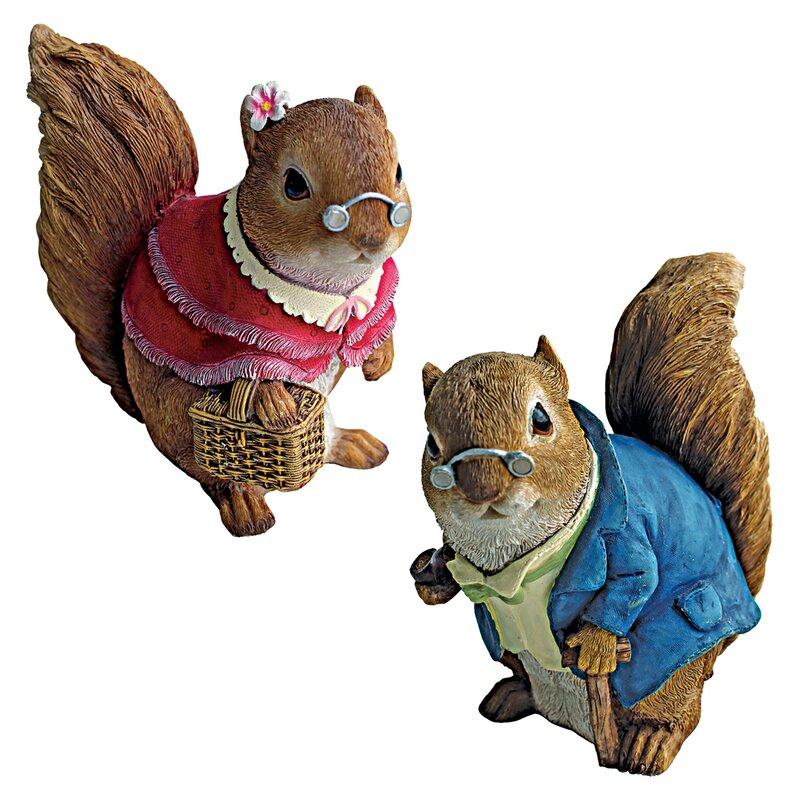Ordinaire 2 Piece Grandparent Squirrel Garden Statue Set
