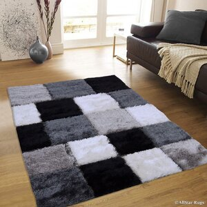Hand-Tufted Black/White Area Rug