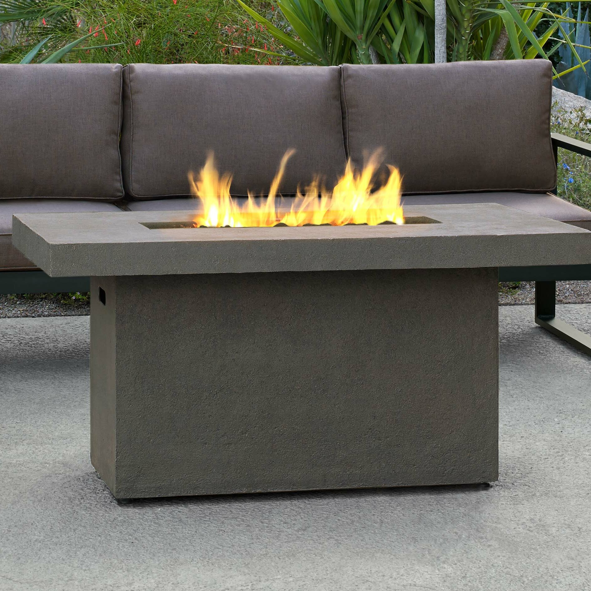 Real Flame Ventura Concrete Propane Gas Fire Pit Table Reviews Wayfair Ca
