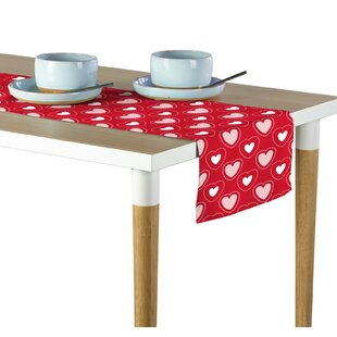 Espinal Hearts in Stitches Table Runner