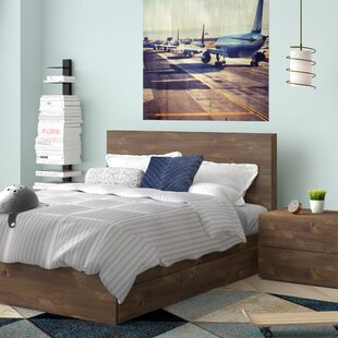 Grantham Platform Bedroom Set