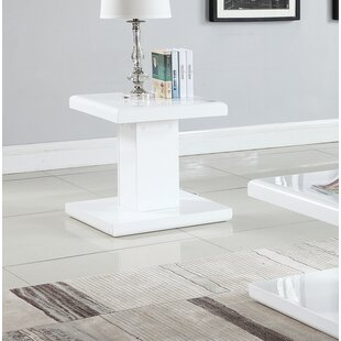 JeVon End Table
