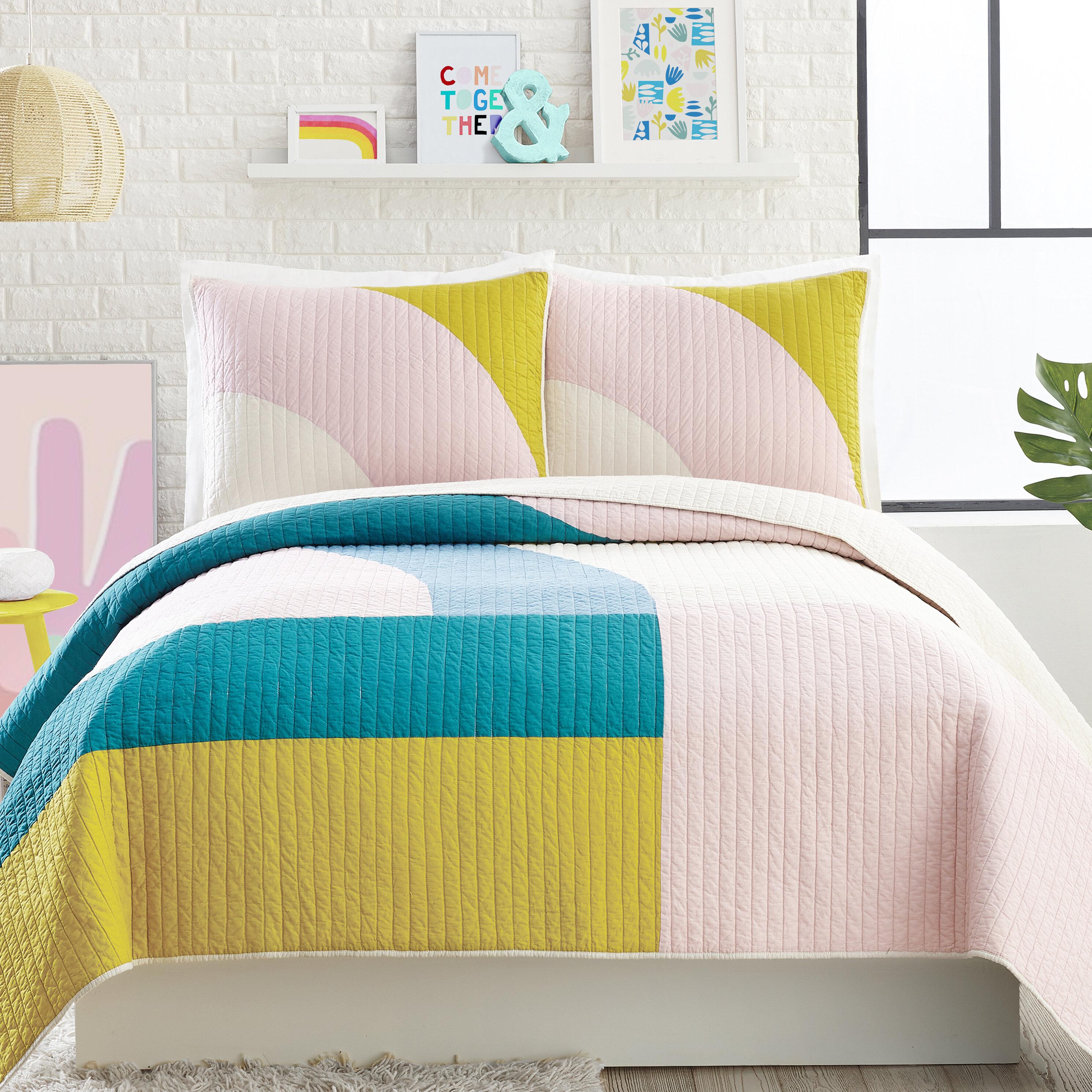 Mod Shapes Cotton 3 Piece Reversible Quilt Set Reviews Allmodern