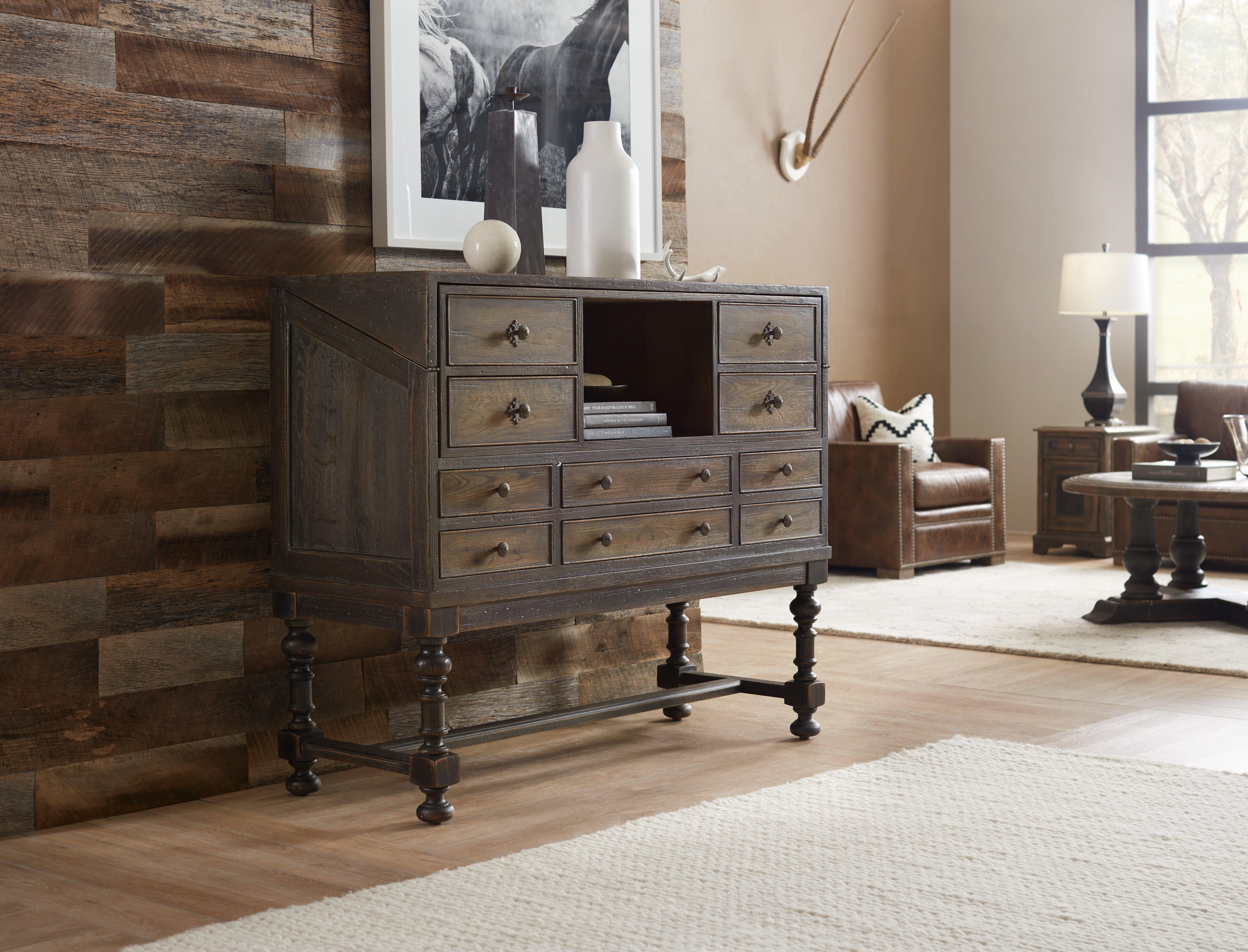 La Credenza Supplier : Hooker furniture hill country boerne ranch managers credenza desk