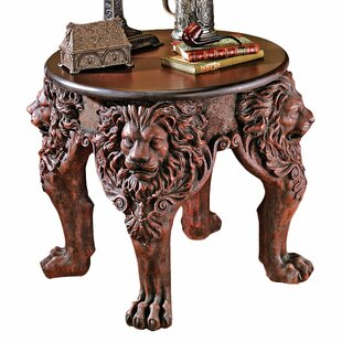Design Toscano Lord Raffle..