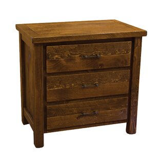 Dichiera 3 Drawer Chest