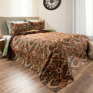 Loftin Reversible Quilt Set