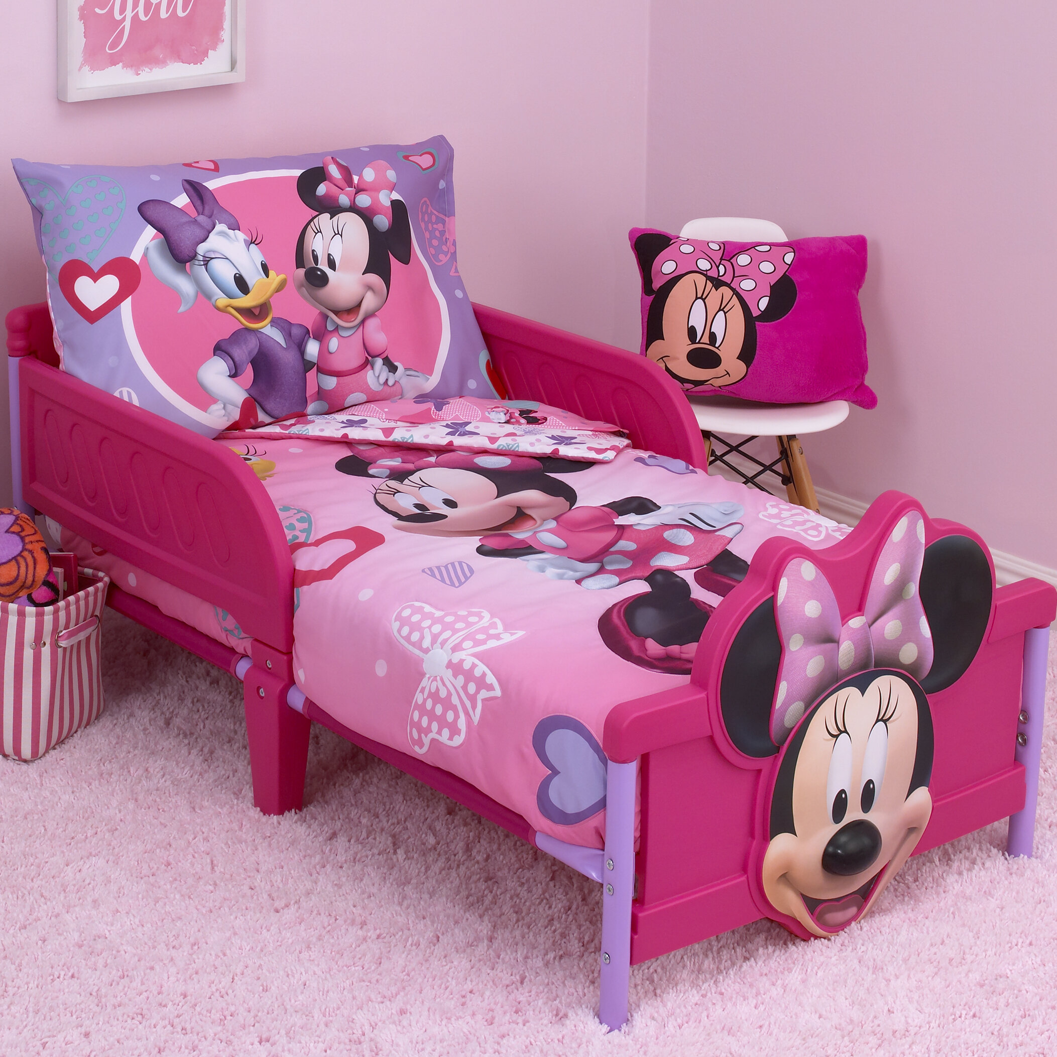 Disney Minnie Mouse Hearts and Bows 4 Piece Toddler Bedding Set ...