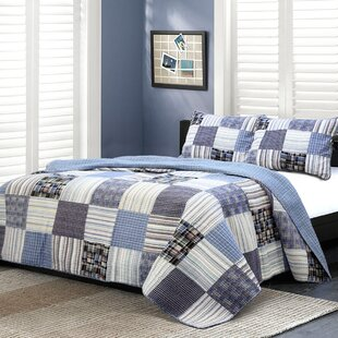 Daniel Striped Patchwork Quilt Set