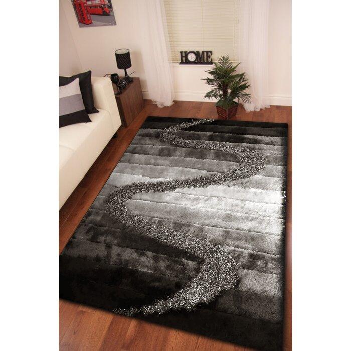 Minneiska Handmade Shag Gray Silver Black Area Rug