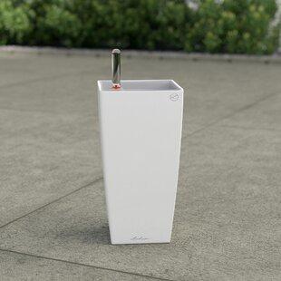 Review Maxi Cubico Plastic Self-Watering Plant Pot