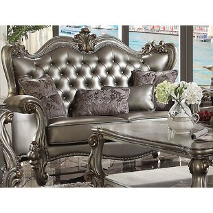 Medley Standard Loveseat with 4 Pillows b..