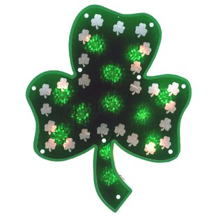 The Holiday Aisle Glazed 10 Light Shamrock Sculpture Lighting