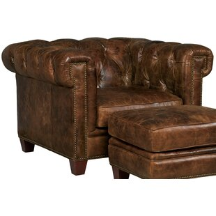 Hooker Furniture Stationary Chesterfield Chair