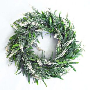 32cm Artificial Wreath By The Seasonal Aisle