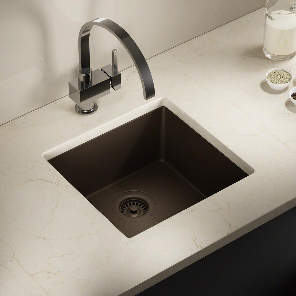 Similar kitchen sinks below