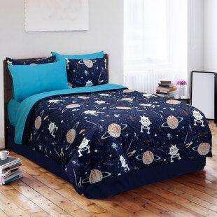 Kyree Comforter Set