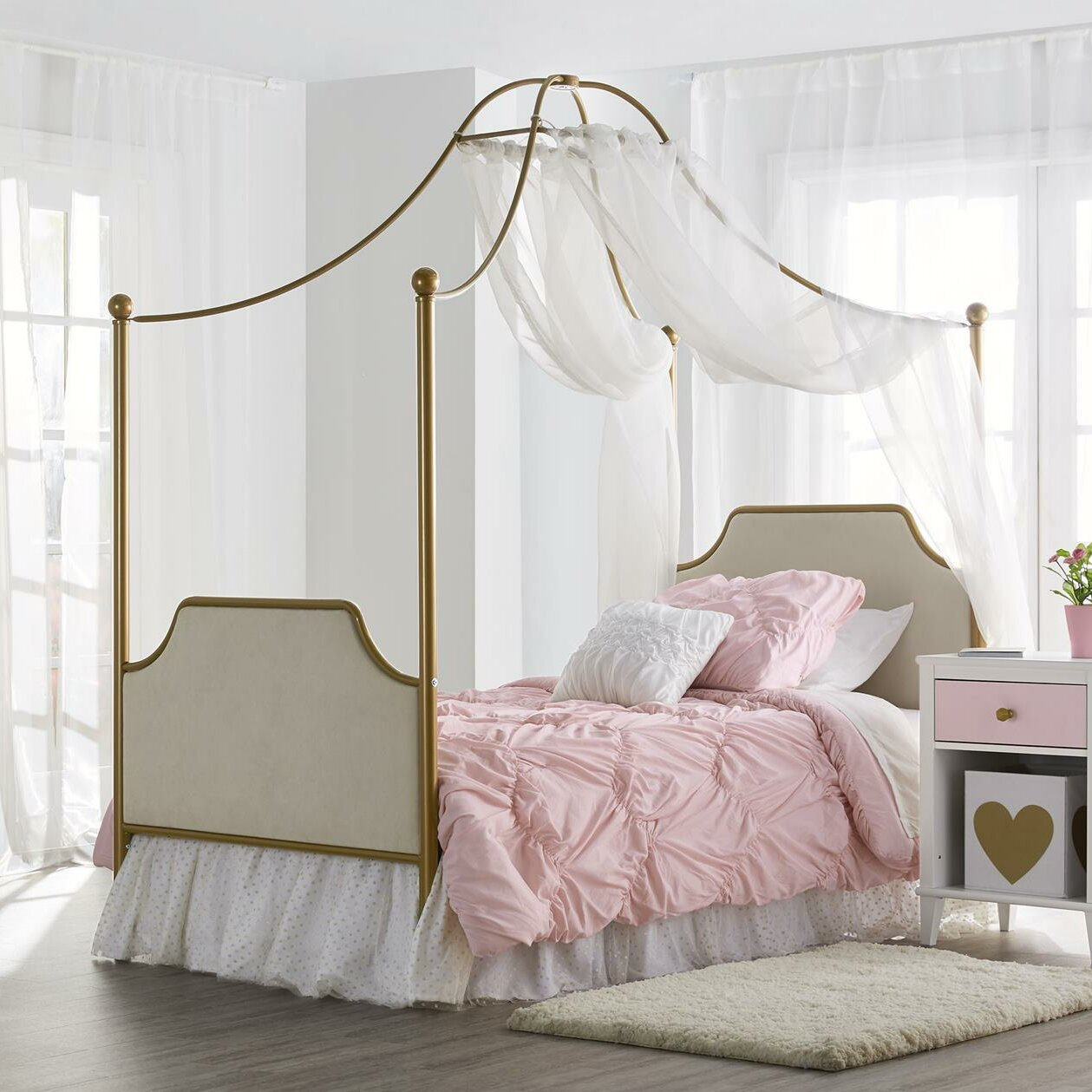 Little Seeds Monarch Hill Clementine Twin Canopy Bed Reviews