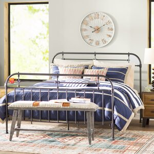Willits Comforter Set