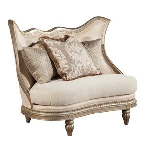 Amore Loveseat