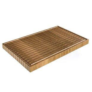 Linea Wood Cutting Board