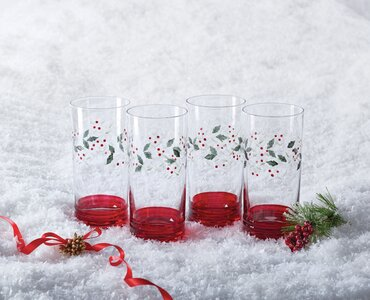 Pfaltzgraff Winterberry 20 Oz Crystal Drinking Glass