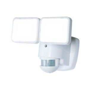Heath-Zenith LED Outdoor Security Flood Light with Motion Sensor