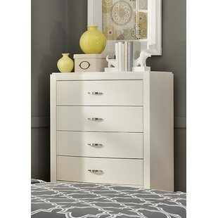 Darby Home Co Loveryk 5 Drawer Chest