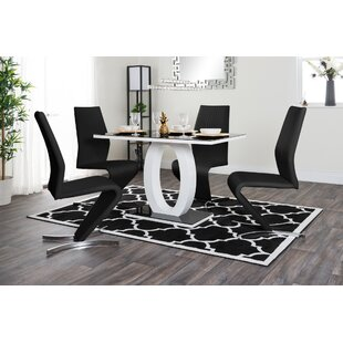 Review Scottsmoor Dining Set With 4 Chairs