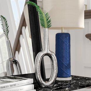 Keyhole Vertical Vase