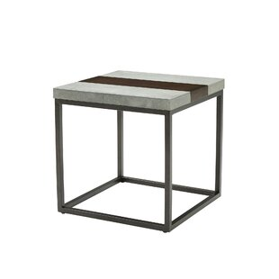 Review Cleavenger End Table by 17 Stories
