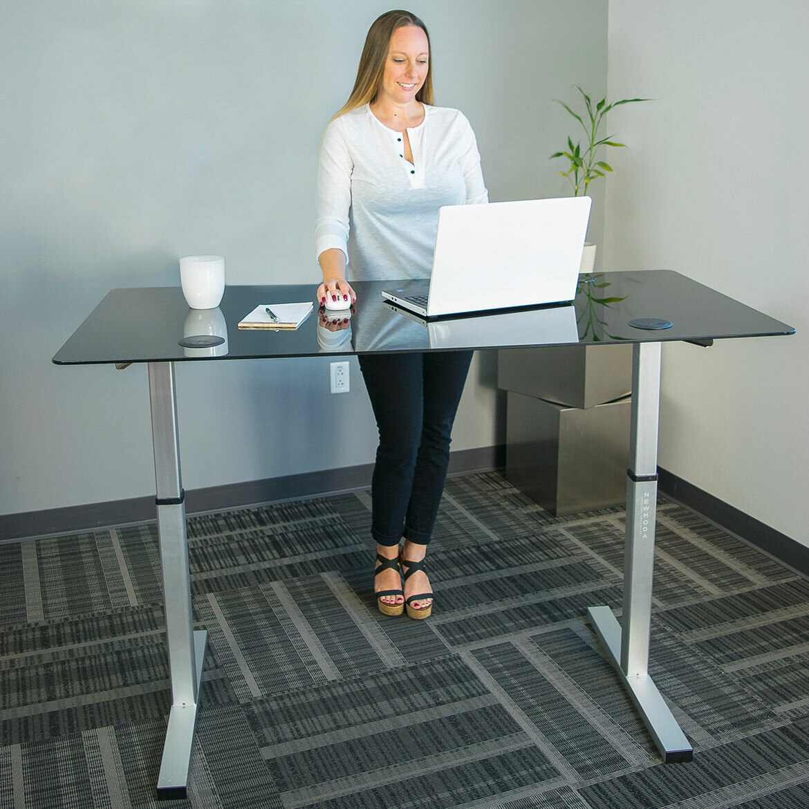 ergocanada stand versa in sit desk detailed ergoverse desktop specification pages retrofit by use cassiopeia