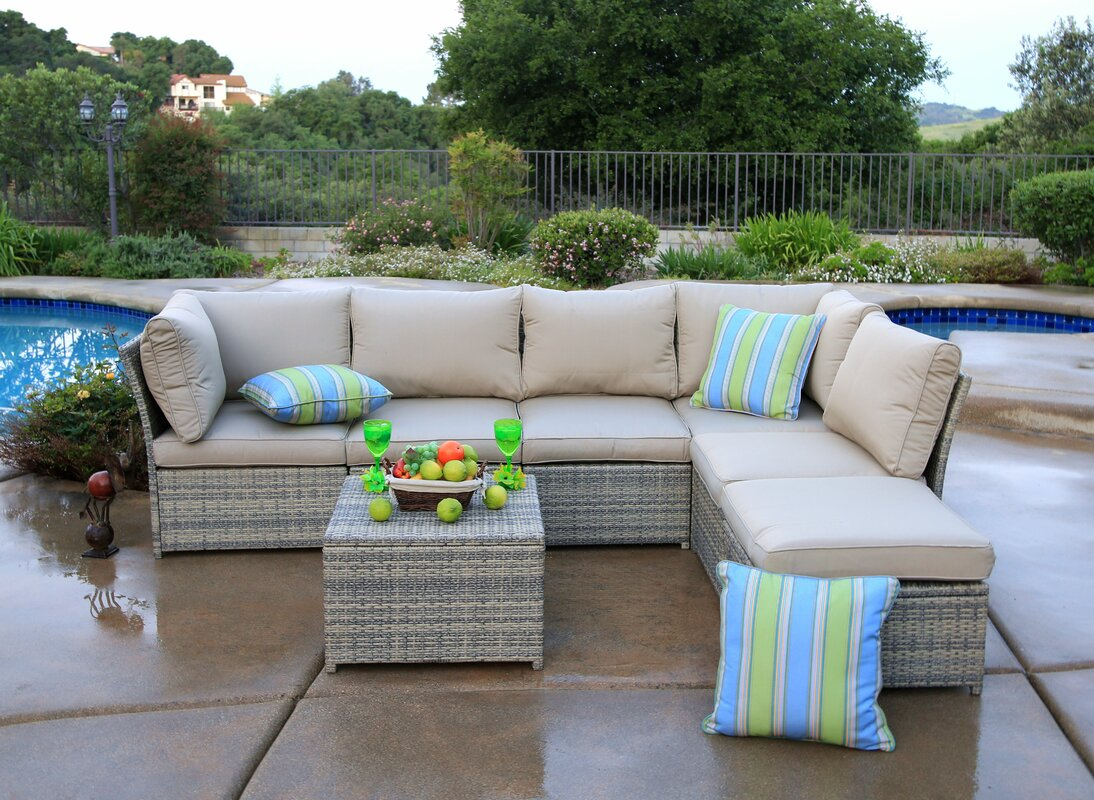 Rosecliff Heights Goulding 7 Piece Sectional Set With
