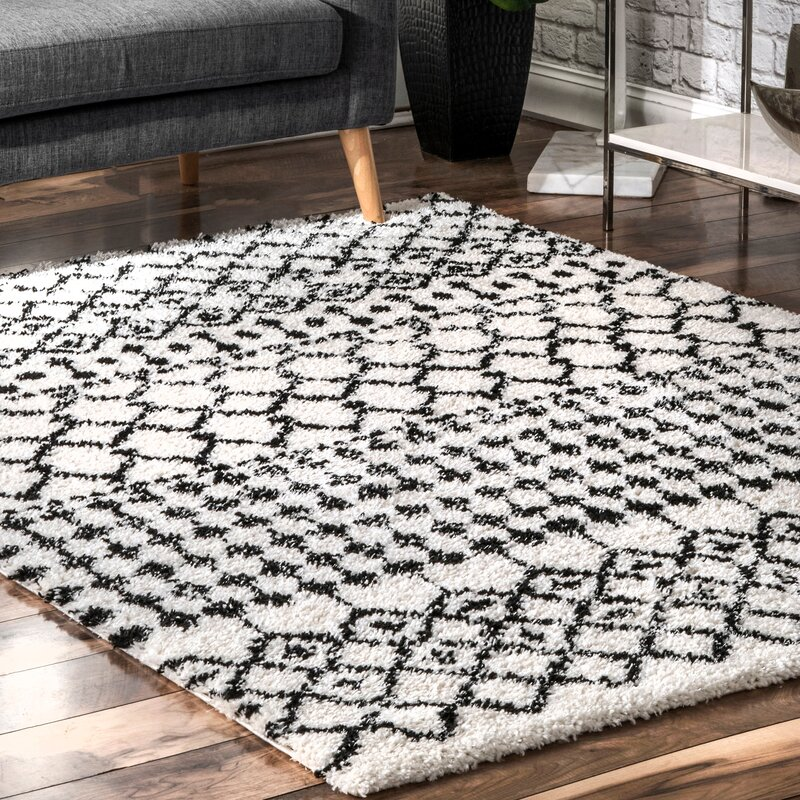 Mission Geometric Black Shag Area Rug