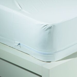 Bug Blocker Zippered Hypoallergenic Waterproof Mattress Protector by Sweet Home Collection