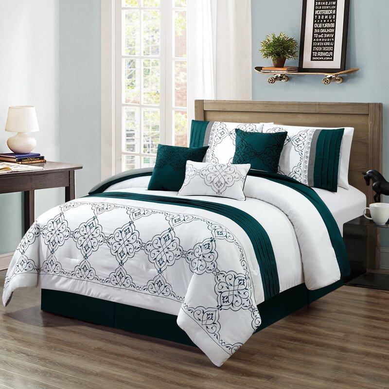 House of Hampton Hymel Embroidery Comforter Set