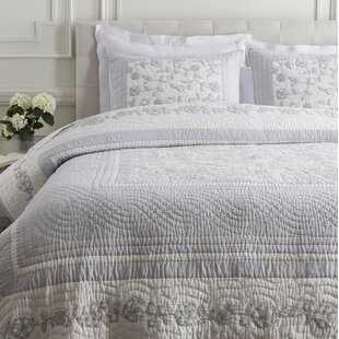 One Allium Way Dedrik Quilt