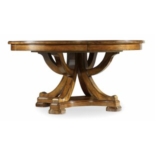 Tynecastle 60in Round Pedestal Dining Table W/1 18in Leaf